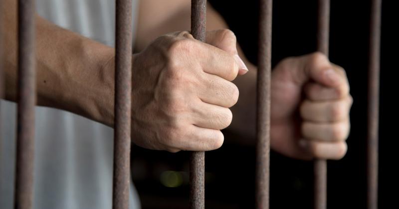 १५ बन्दी र ४०१ जना कैदीको सजाय मिनाहा